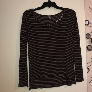 14008c94239 Women s Purple Splendid Striped Top on Poshmark